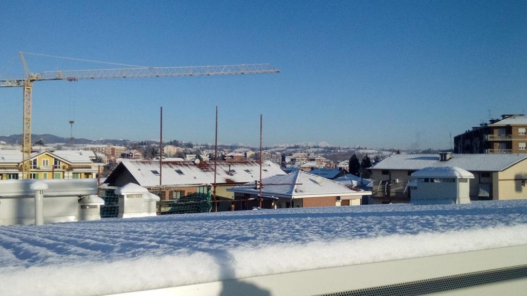 foto dal tetto su collina di Chieri;