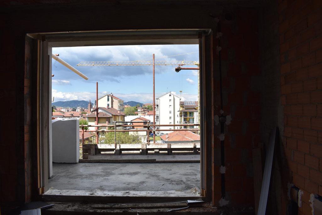 foto interna verso terrazzo;